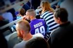Le maillot de Giuseppe Rossi dans les tribunes à Ujpest
