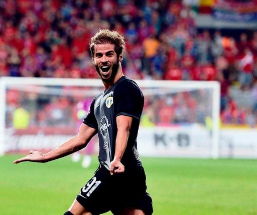 L'Espagnol De Lucas, un des meilleurs milieux de Liga I