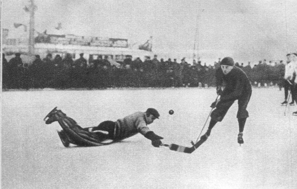 Valentin Granatkin et le hockey.
