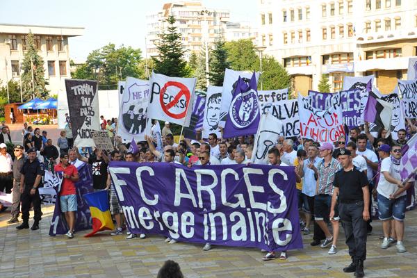 Le FC Arges va de l'avant