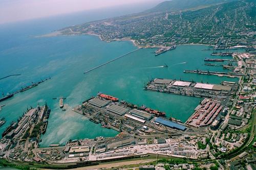 Novorossiysk, grand port sur la Mer Noire