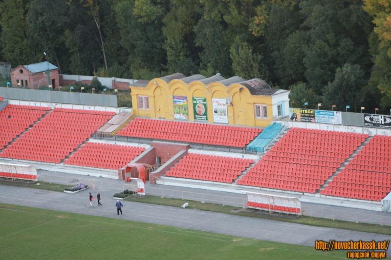 Le stade typiquement soviétique de Novocherkassk