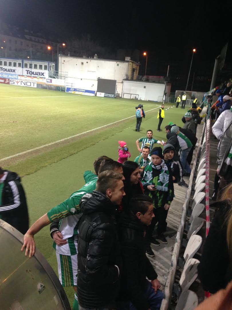 Une réelle proximité entre joueurs et supporters chez les Bohemians