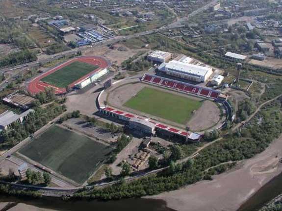 """Le stade """"Lokomotiv"""" de Chita"""