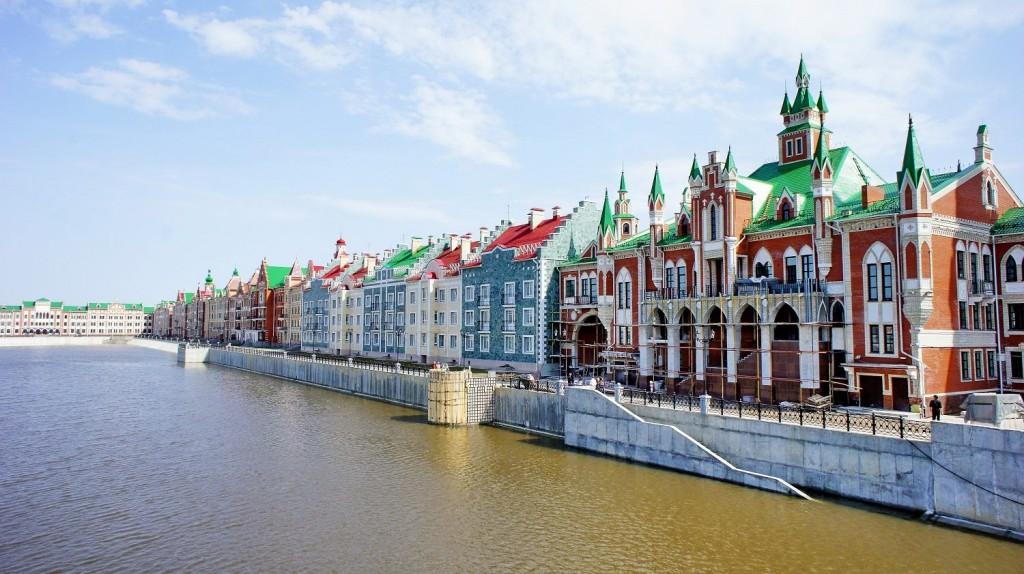 Les quais de Kirov.