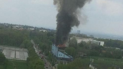 Stade Rad Belgrade en feu