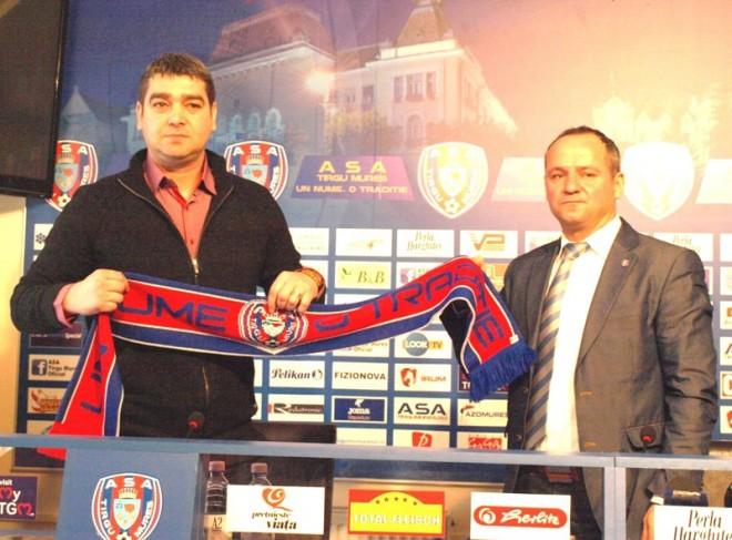 Liviu Ciobotariu lors de son arrivée au club.