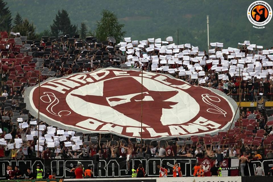 Le tifo de Sarajevo ! Le ton est donné