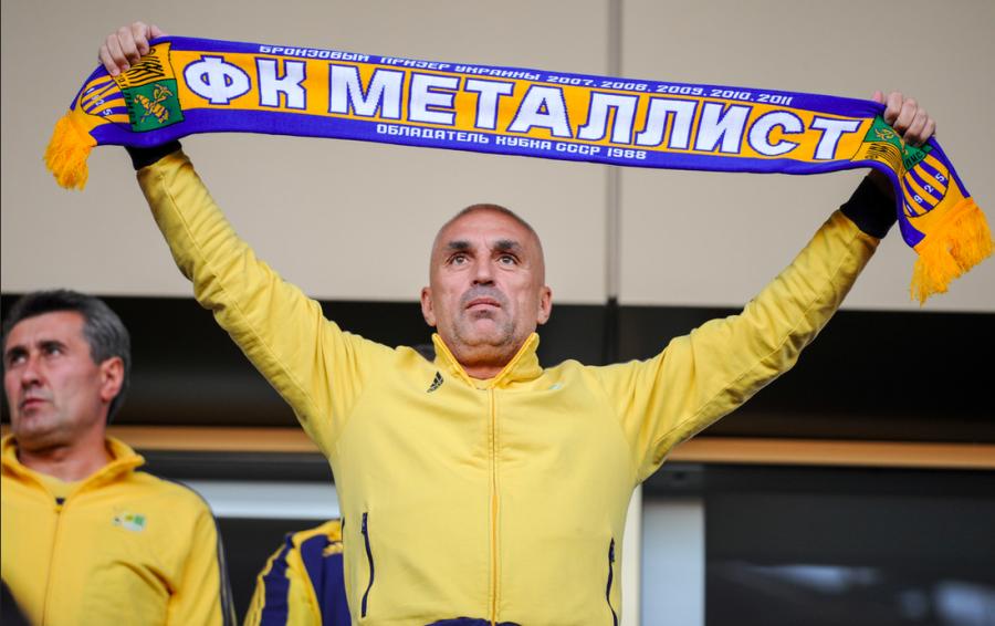 Oleksandr Yaroslavsky, un vrai supporter cohabite avec l'homme d'affaire.