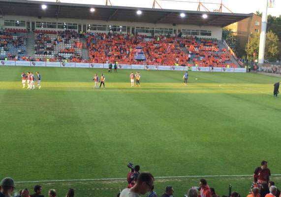 Les Oranjes sont venus en masses