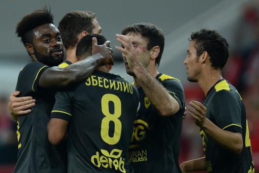 Ebecilio félicité et c'est l'Anzhi qui gagne son premier match de la saison.