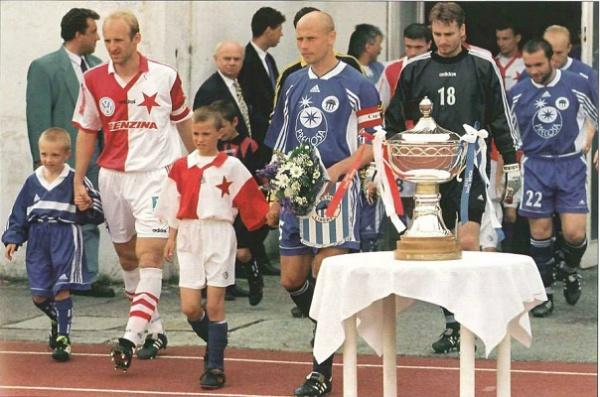 Première finale de Coupe de l'histoire du club face au Slavia Praha.