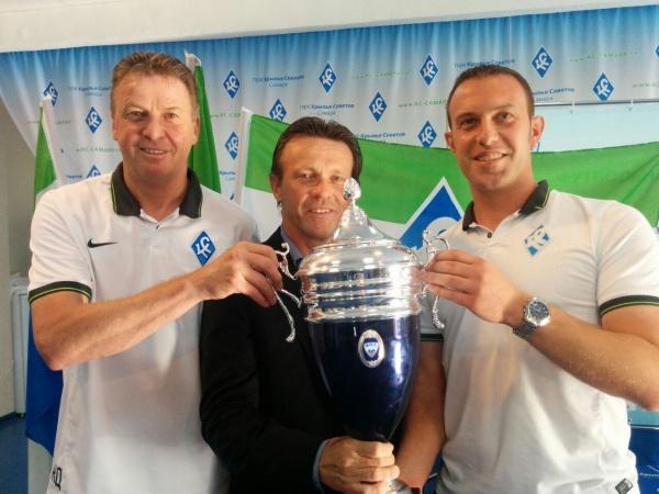 Frank Vercauteren, Jos Darden et Bart Caubergh fête le titre en FNL